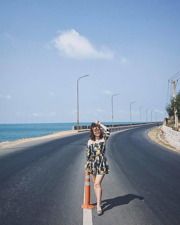 Con đường ven biển xanh ngắt của Vũng Tàu. Hình: Dương Thùy