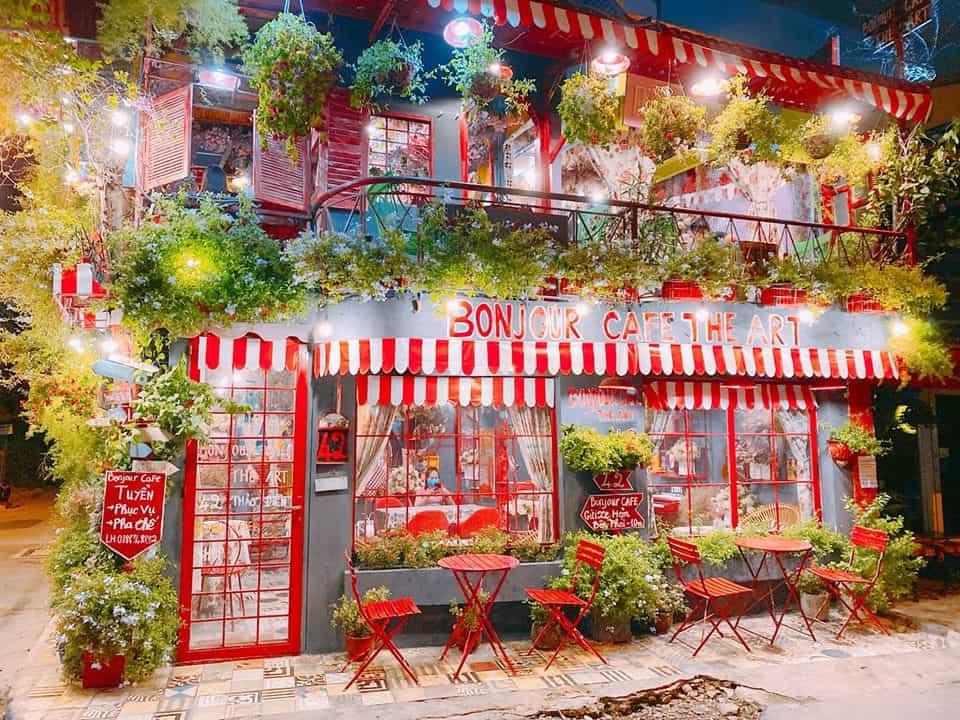 Bonjour Cafe The Ar