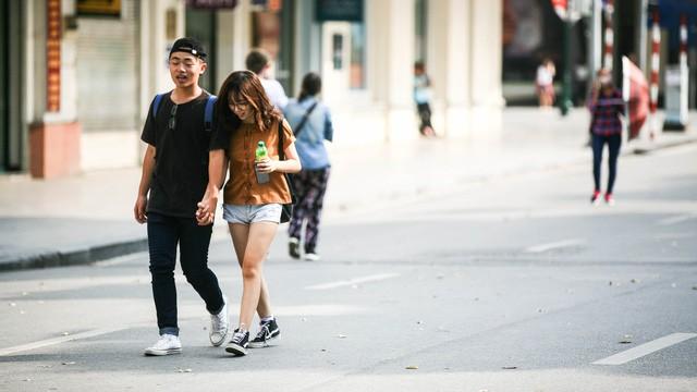 Hãy sẵn sàng gác lại những bộn bề của cuộc sống để dạo bộ cùng nhau