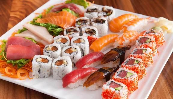 Thưởng thức ẩm thực Nhật Bản chuẩn vị tại Oishi Town - Nguồn ảnh: Internet