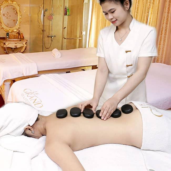 Tận hưởng dịch vụ Spa trị liệu chuyên nghiệp tại Grand Plaza - Nguồn ảnh: Internet