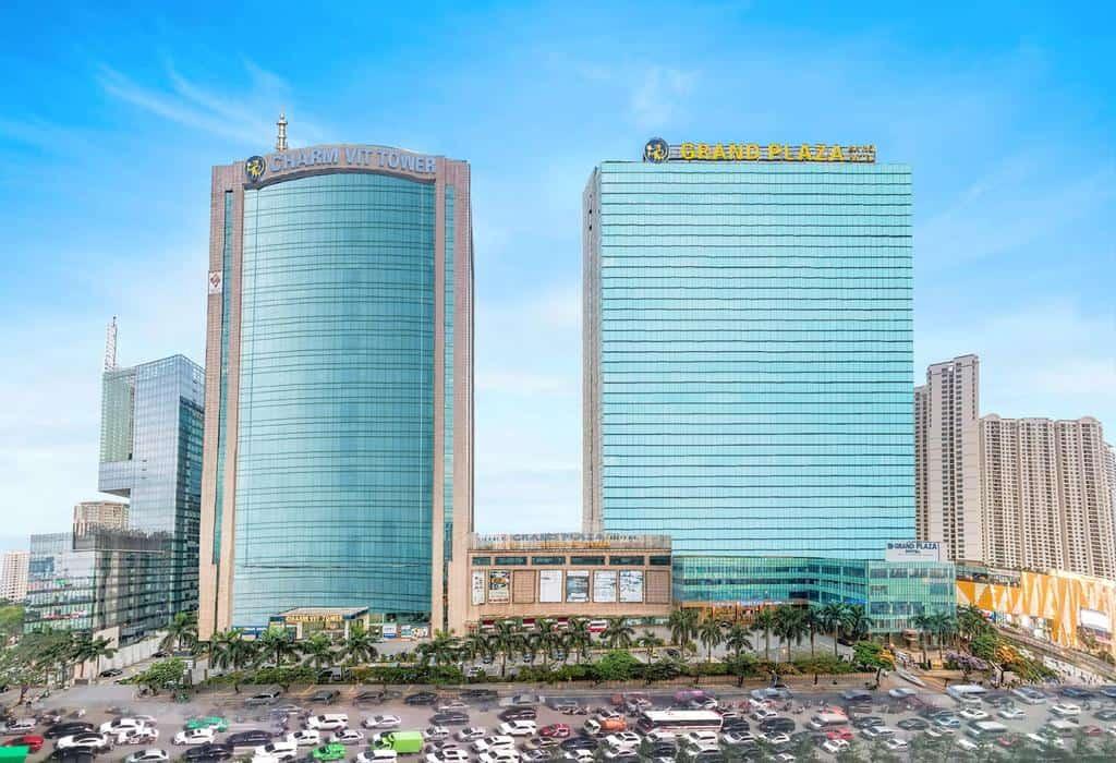 Khách sạn Grand Plaza Hanoi ấn tượng với kiến trúc dát vàng lá - Nguồn ảnh: Internet