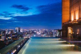 """Review Hotel des Arts Saigon MGallery Collection – """"Hơi thở"""" nghệ thuật giữa lòng Sài Gòn"""