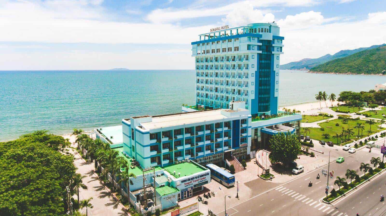 Vị trí đắc địa của khách sạn Hải Âu, với tầm nhìn biển cực đẹp.