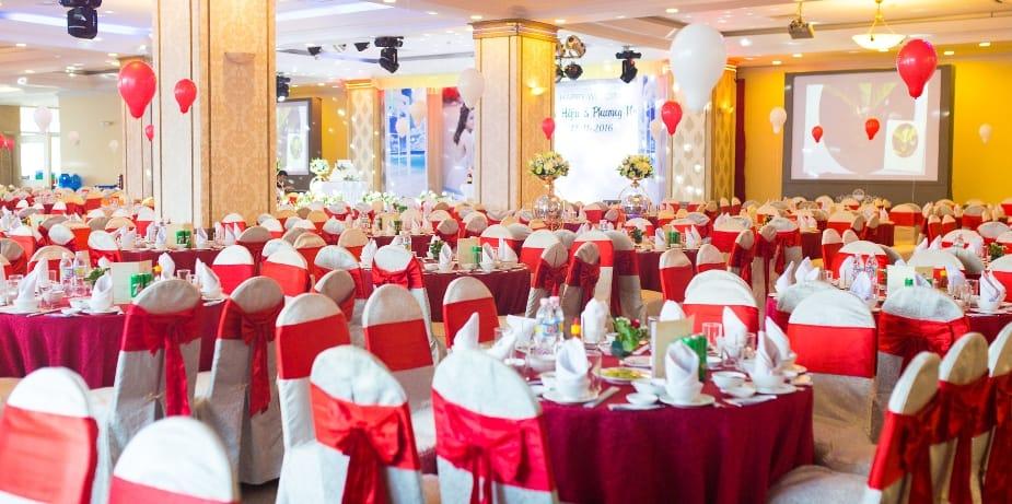 Nhà hàng Phong Lan với sức chứa 650 khách