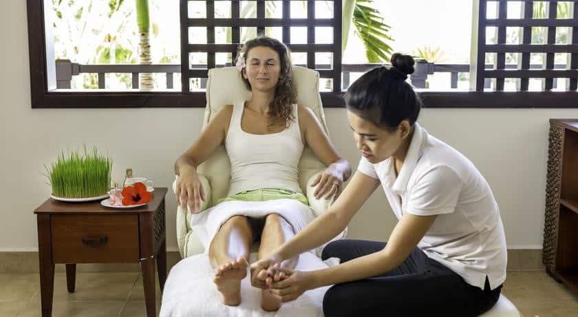 Trải nghiệm những phương pháp trị liệu truyền thống tại Lotus Spa