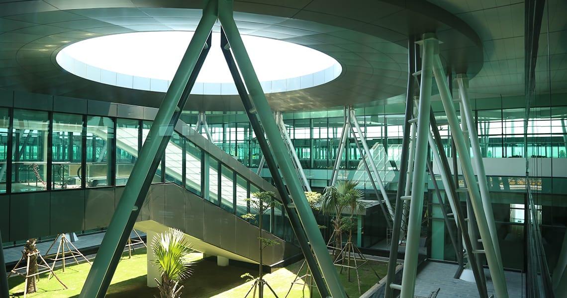 Nhà ga hành khách có thiết kế 1,5 cao trình với kiến trúc hiện đại, dịch vụ tiện nghi - Nguồn ảnh: Internet
