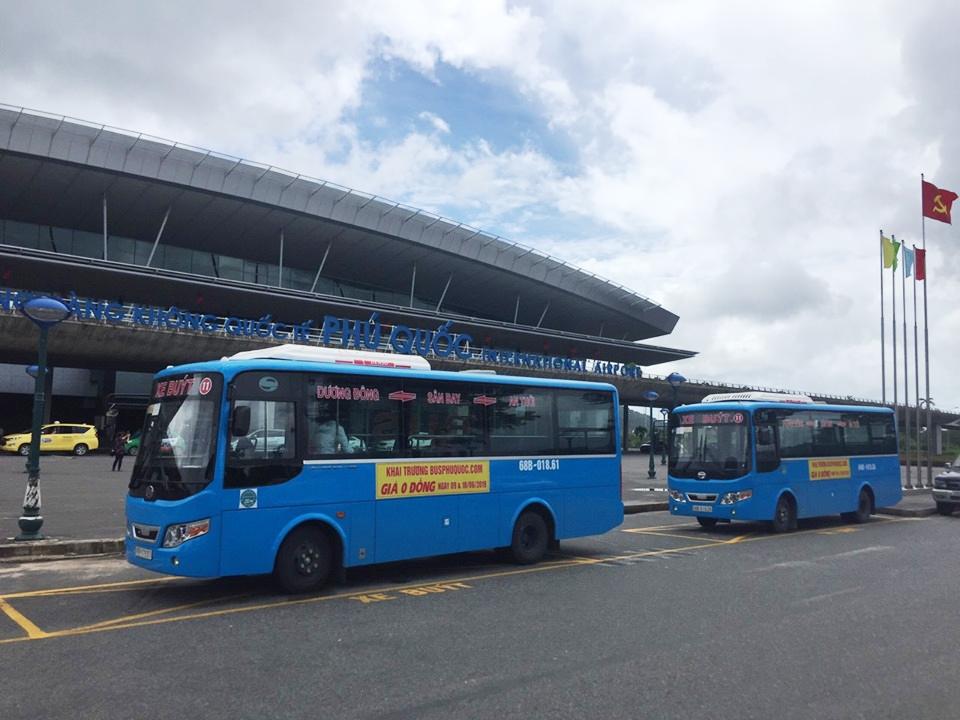 Di chuyển bằng xe bus giúp du khách tiện kiệm được khá nhiều chi phí - Nguồn ảnh: Internet