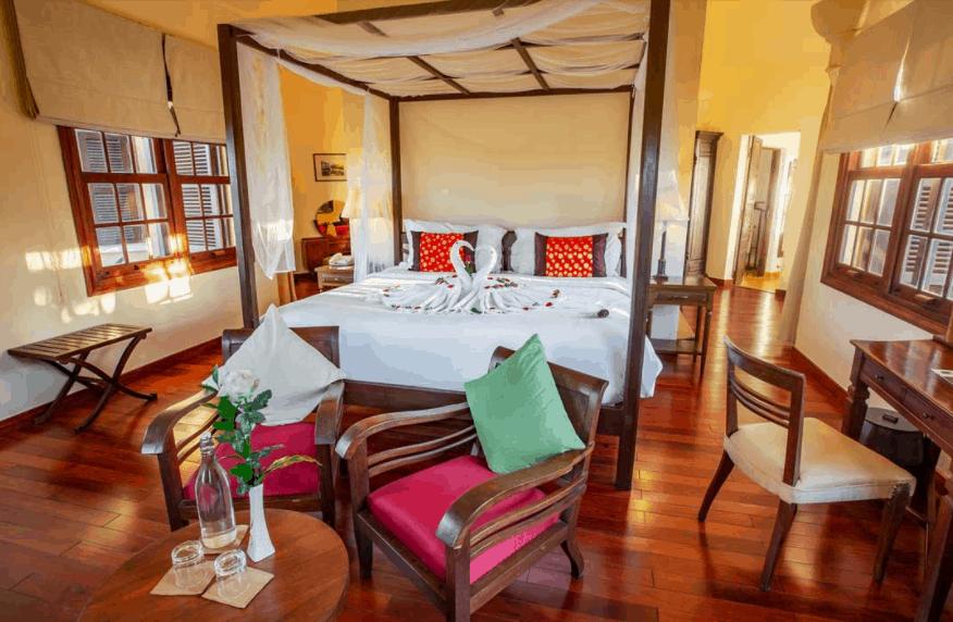 Các chi tiết nội thất màu sắc cổ điển tạo nên một không gian thư giãn dễ chịu cho du khách