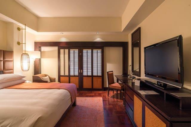 Không gian phòng ngủ ấm cúng, đậm chất châu Á. Ảnh: Internet