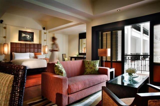 Phòng Suite được thiết kế như một căn hộ với phòng khách, 2 phòng ngủ. Ảnh: Internet
