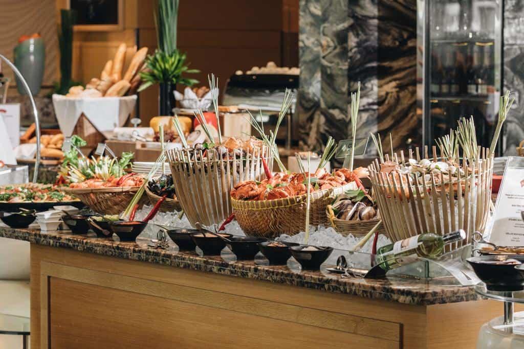 Các món ăn hải sản tươi ngon được phục vụ tại Market 39