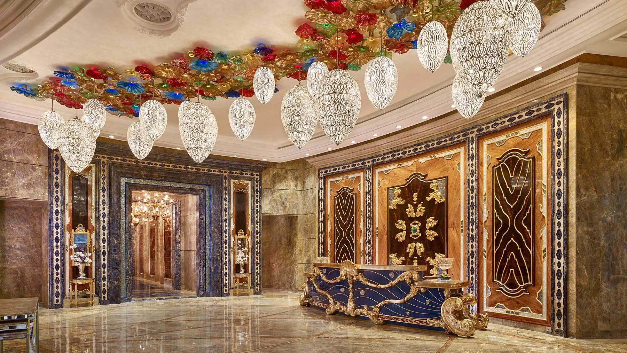 Kiến trúc và phong cách Ý là thiết kế chung của toàn bộ không gian khách sạn
