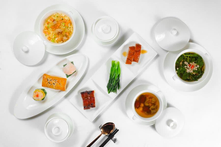 Tận hưởng các món ngon Quảng Đông truyền thống tại nhà hàng Long Triều