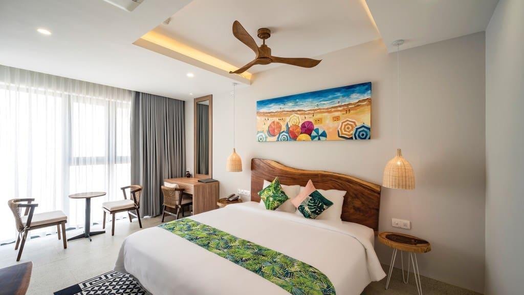 Suite Junior là hạng phòng cao cấp với không gian rộng rãi tiện nghi