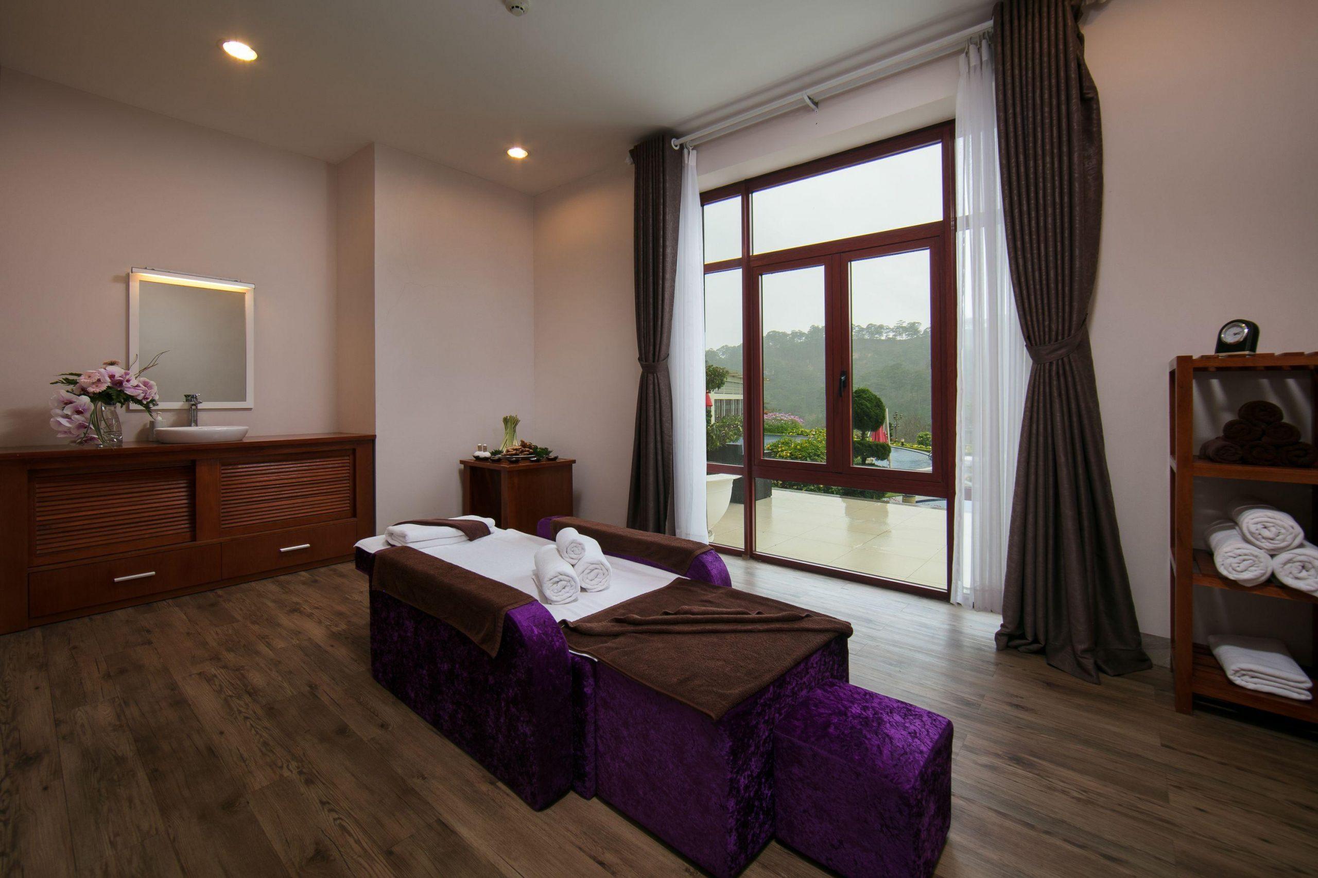 Spa là nơi du khách chăm sóc cơ thể mình và tận hưởng thư thái