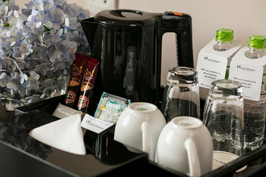 Các loại đồ uống luôn sẵn sàng phục vụ nếu du khách có nhu cầu.