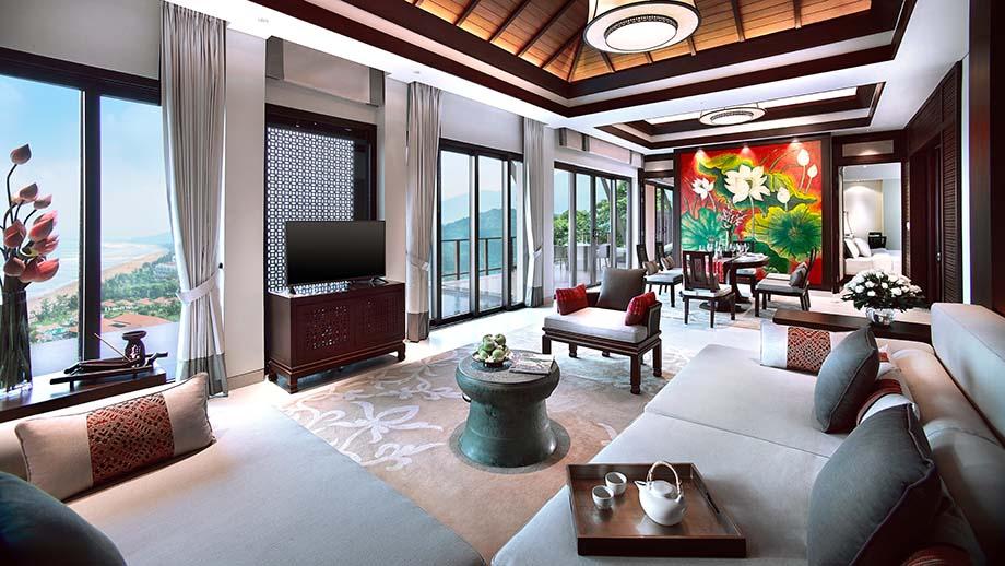 Biệt thự sườn đồi ba phòng ngủ hướng biển rộng 260 là nơi phô diễn kỹ nghệ tinh xảo của các nghệ nhân địa phương
