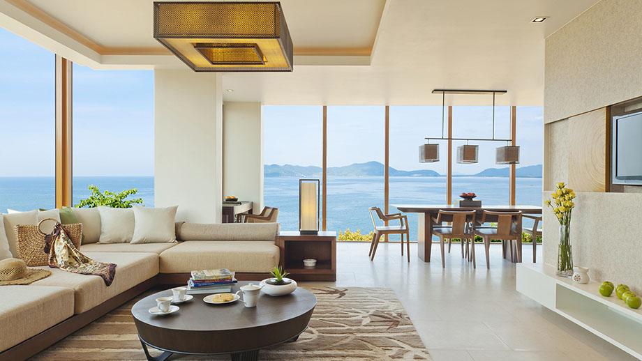 Angsana Skypool Seaview Two Bedroom Loft là căn 2 phòng ngủ hướng ra mặt biển với bể bơi ngay trên sân thượng.