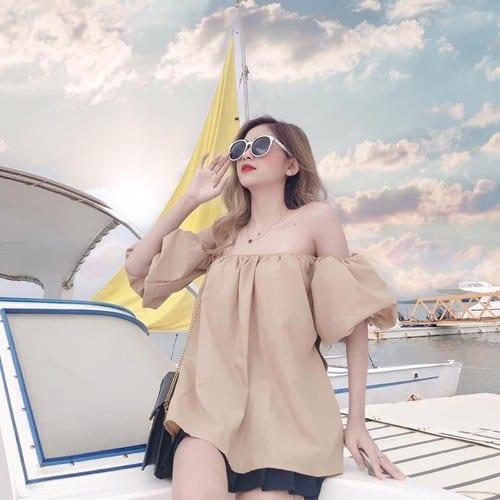 Áo trễ vai mix quần short trẻ trung chinh phục cô nàng khó tính - Nguồn ảnh: Internet
