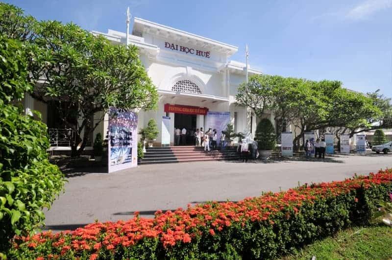 Những trường đại học lớn hàng đầu ở Việt Nam
