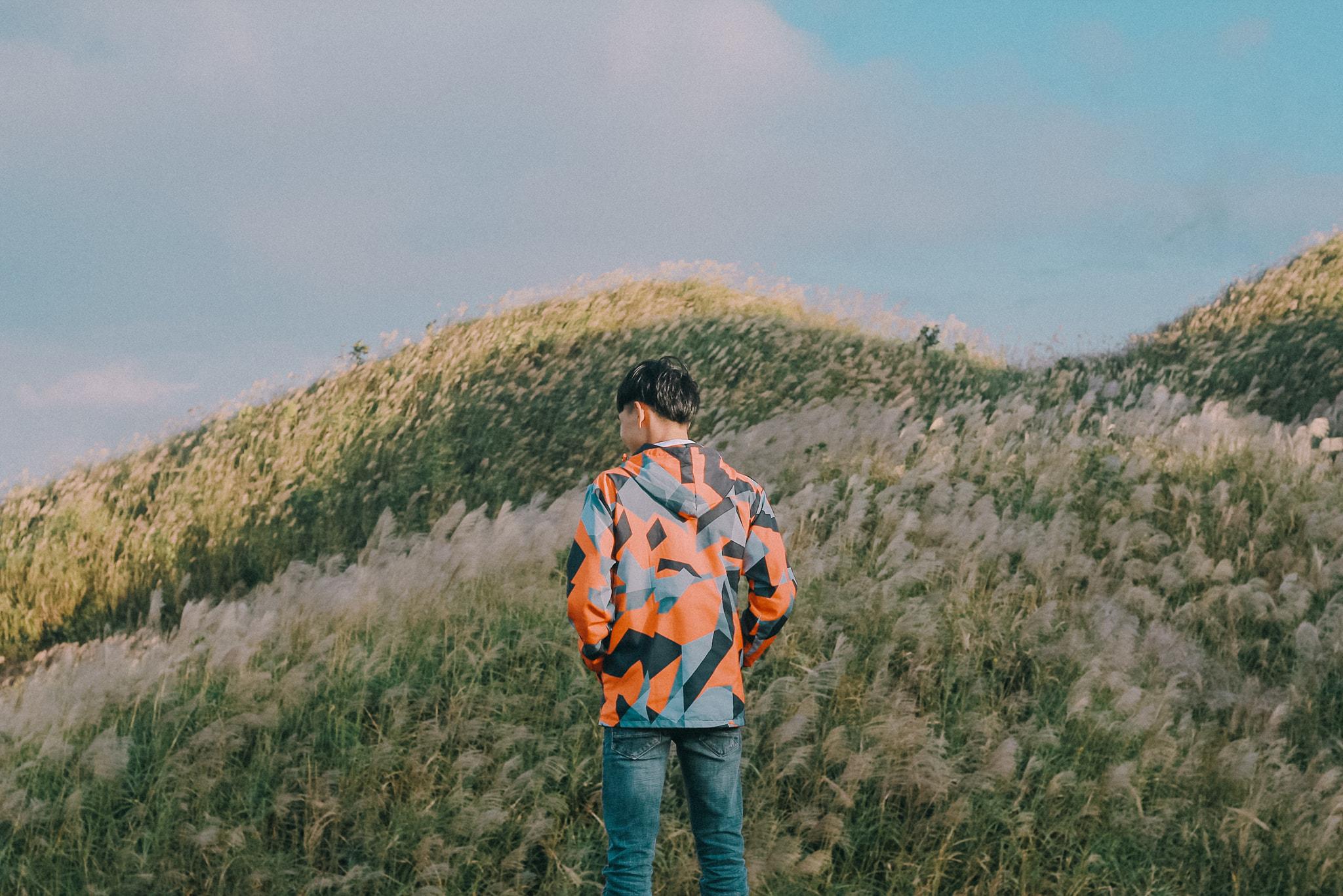 Chỉ cần đưa tay ra, bạn có thể ôm cả một khoảng đồi núi trắng muốt. Hình: Nguyễn Đức Công