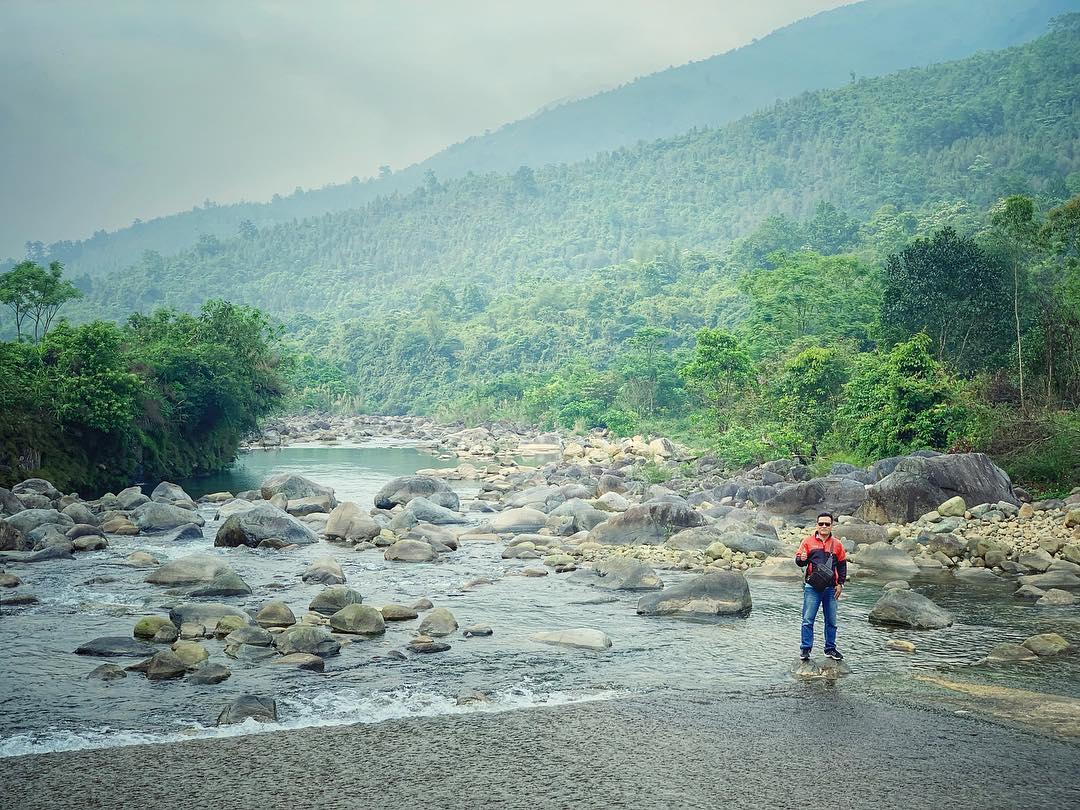 Bản Sông Moóc. Hình: @trangpinkyy