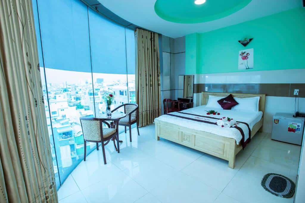 Phòng giường đơn với tầm nhìn quang cảnh thành phố
