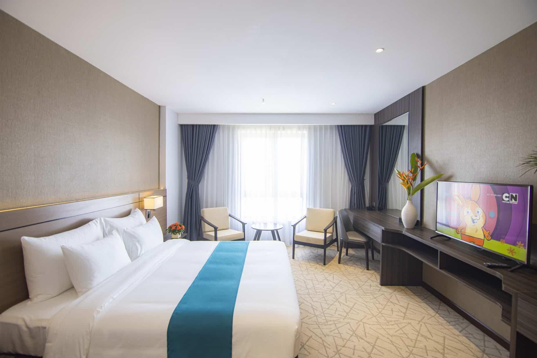 Phòng Superior giường đôi với phong cách thiết ké đơn giản nhưng sang trọng