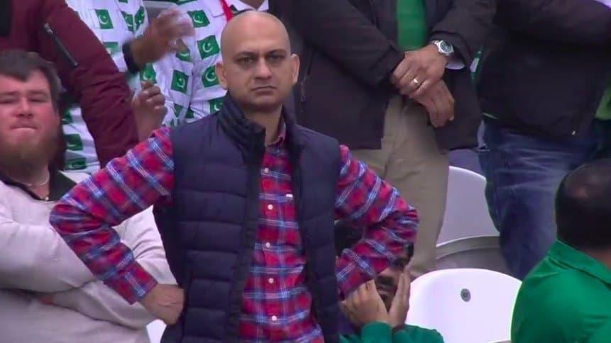"""Meme Mohammad Akhtar trở thành """"huyền thoại"""" đi đâu cũng gặp - Nguồn ảnh: Internet"""
