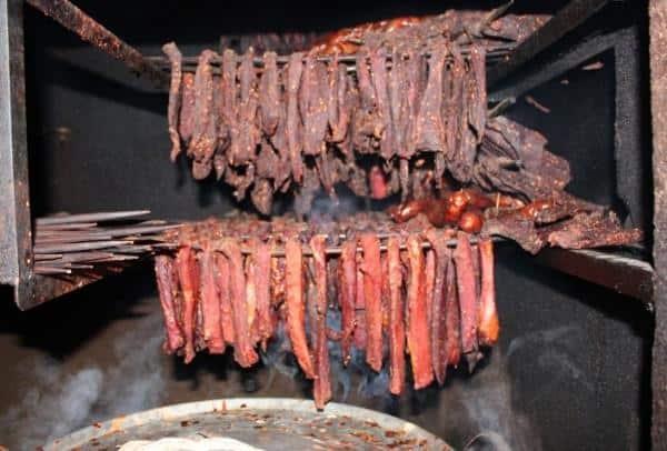 Thịt thối gác bếp