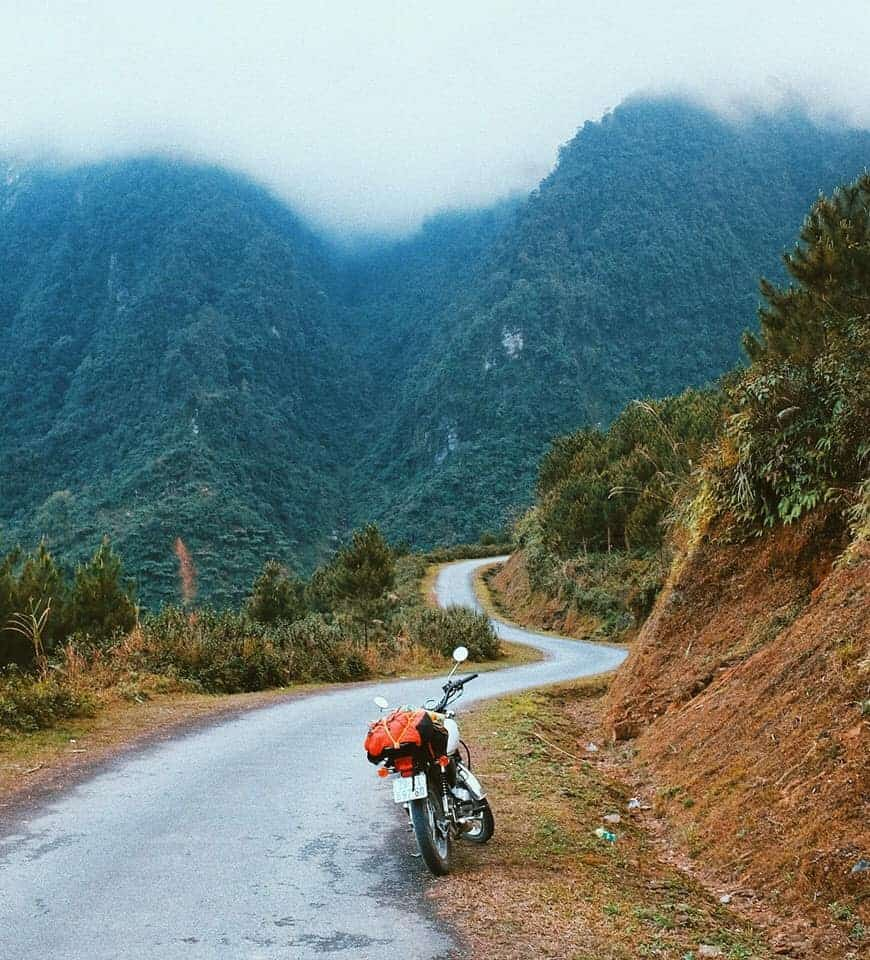 Phượt Hà Giang bằng xe máy mới giúp bạn trải nghiệm trọn vẹn vẻ đẹp của nơi này. Hình: Hai Yen Chu
