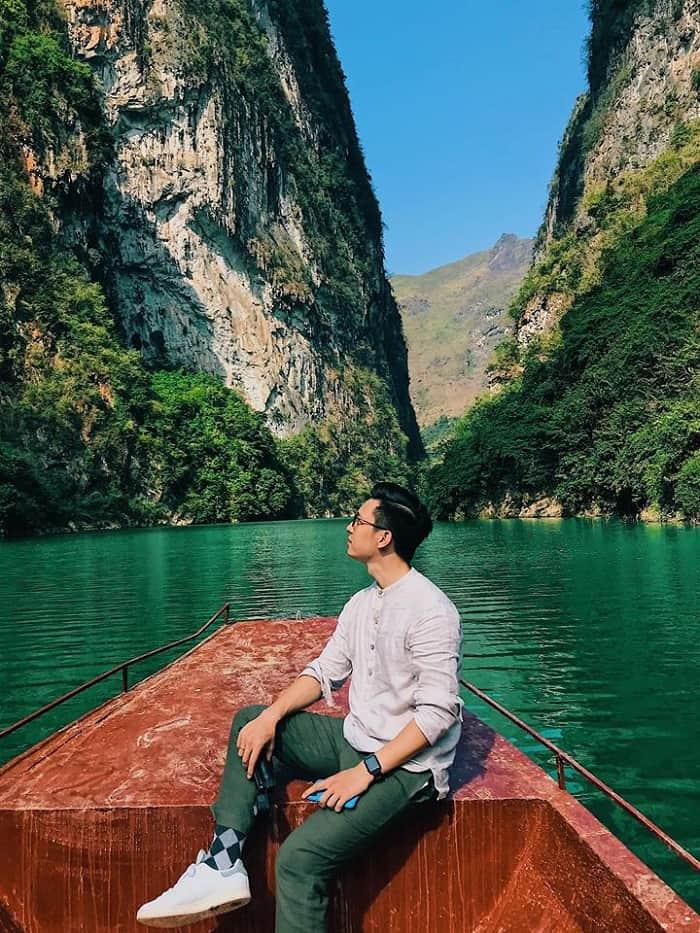 Trải nghiệm đi thuyền trên sông Nho Quế. Hình: Sưu tầm