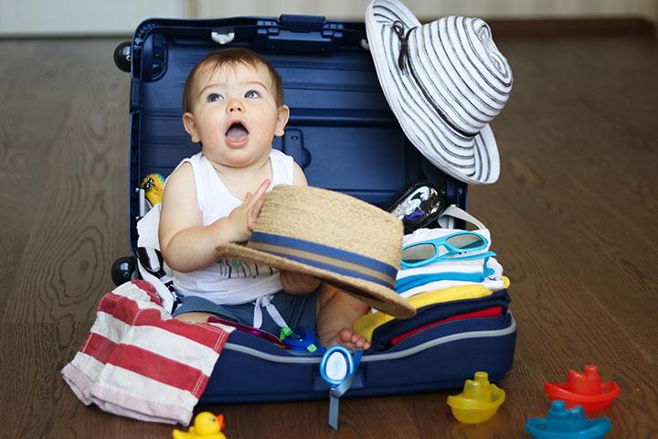 Cần chuẩn bị những gì trong chuyến du lịch của bé?