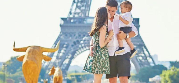Chúc cho cha mẹ có một chuyến du lịch đáng nhớ cùng bé cưng của mình