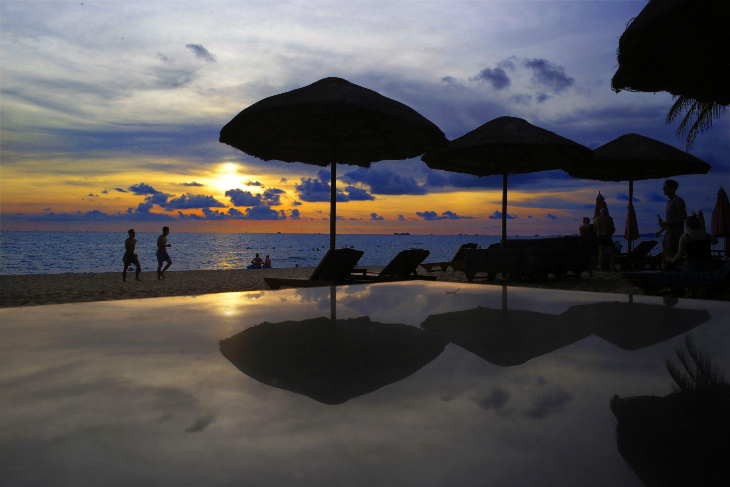 Tropicana là địa điểm dừng chân quen thuộc của cả những vị khách quốc tế