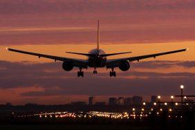 Trang web săn vé máy bay giá rẻ nào uy tín nhất