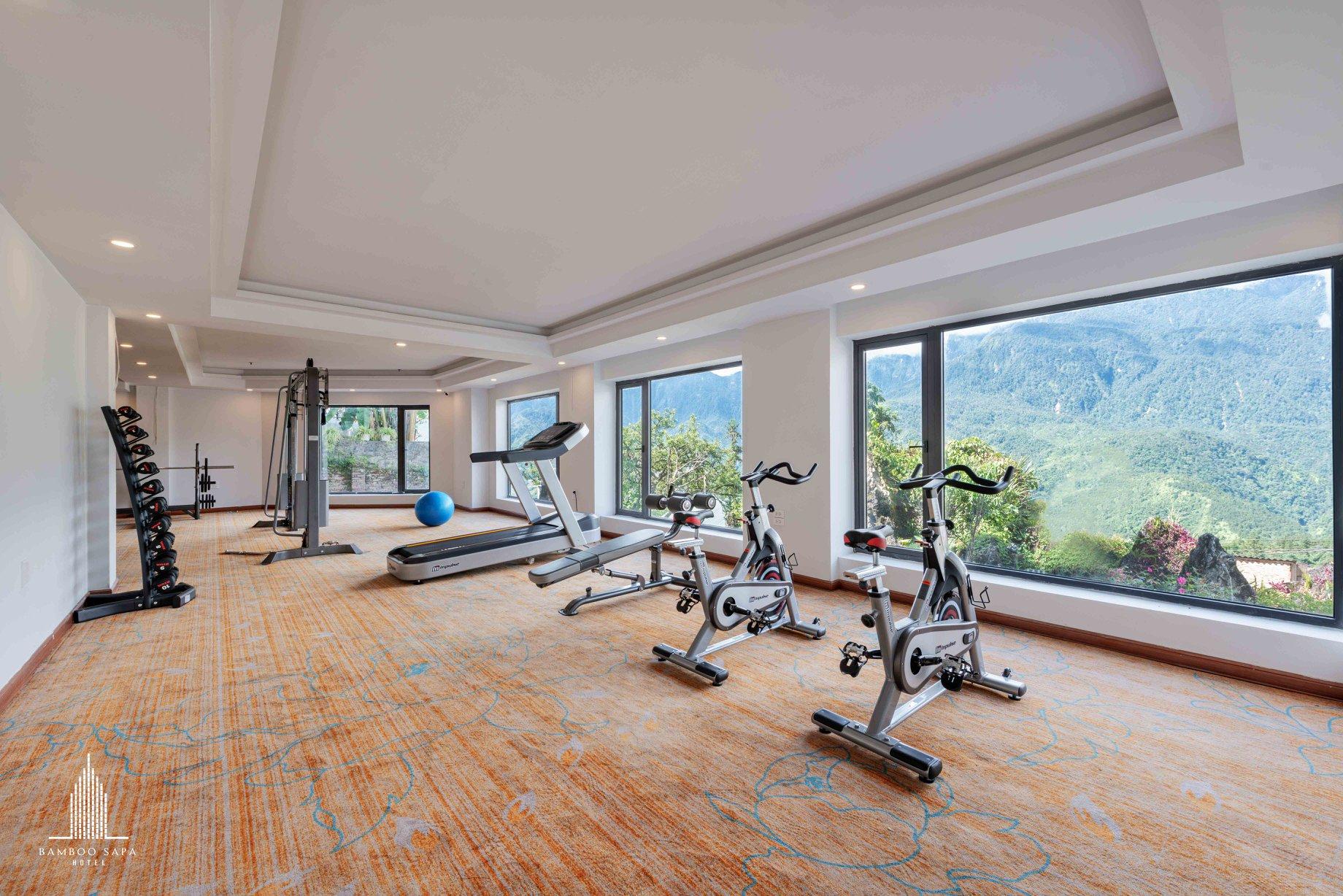 Phòng gym với trang thiết bị hiện đại tại Bamboo Sapa hotel - Nguồn ảnh: @bamboosapahotel