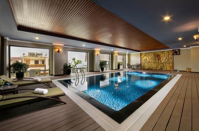 Bể bơi bốn mùa có thể điều chỉnh nhiệt độ tại Pisachio được nhiều du khách yêu thích