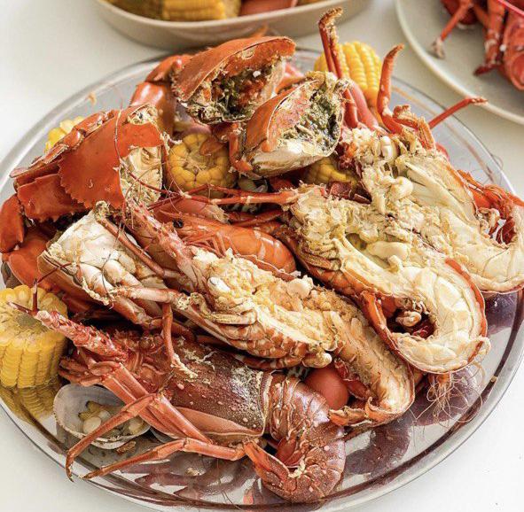 Góc nghiêng giúp món ăn thêm phần sống động. Hình: Ăn sập Sài Gòn