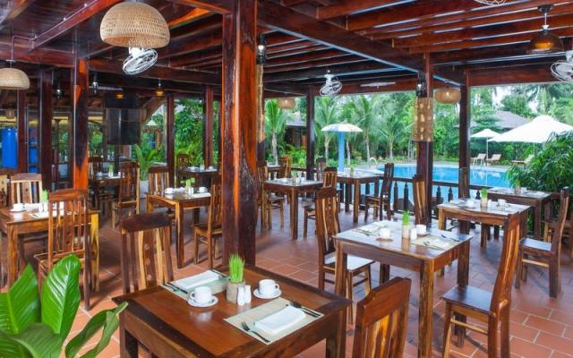 Thiết kế của Nhà hàng Wooden rất thoáng đãng và lãng mạn. Ảnh: Internet