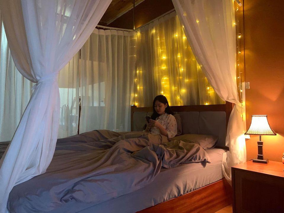 Phòng sử dụng nhiều đèn LED lung linh. Hình: Sưu tầm