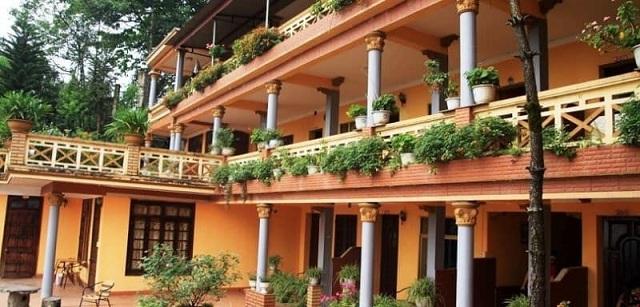 Thiết kế khách sạn đơn giản nhưng vẫn hiện đại