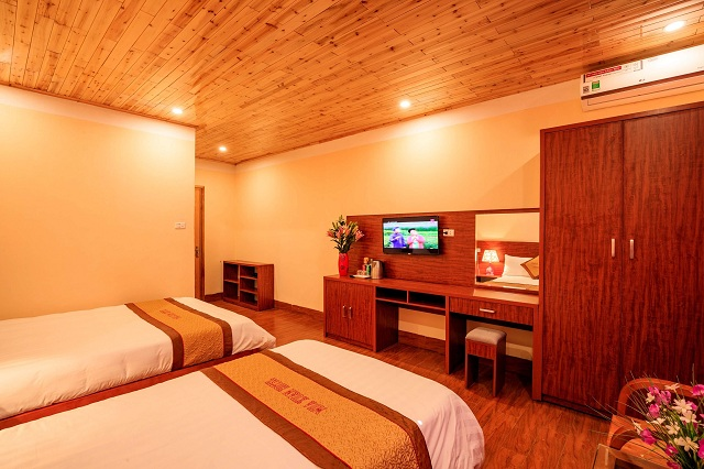 Phòng 2 giường đôi có sân hiên
