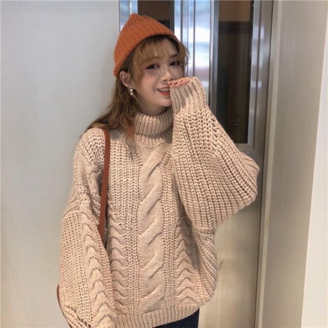 Áo len đan dày vừa giữ ấm tốt trong mùa đông vừa rất vintage. Ảnh: Internet