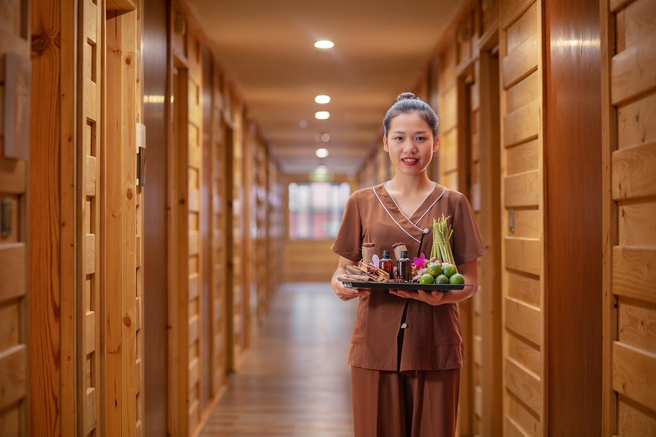 Tận hưởng liệu pháp sắc đẹp chuyên nghiệp đến từ Red Dao Spa