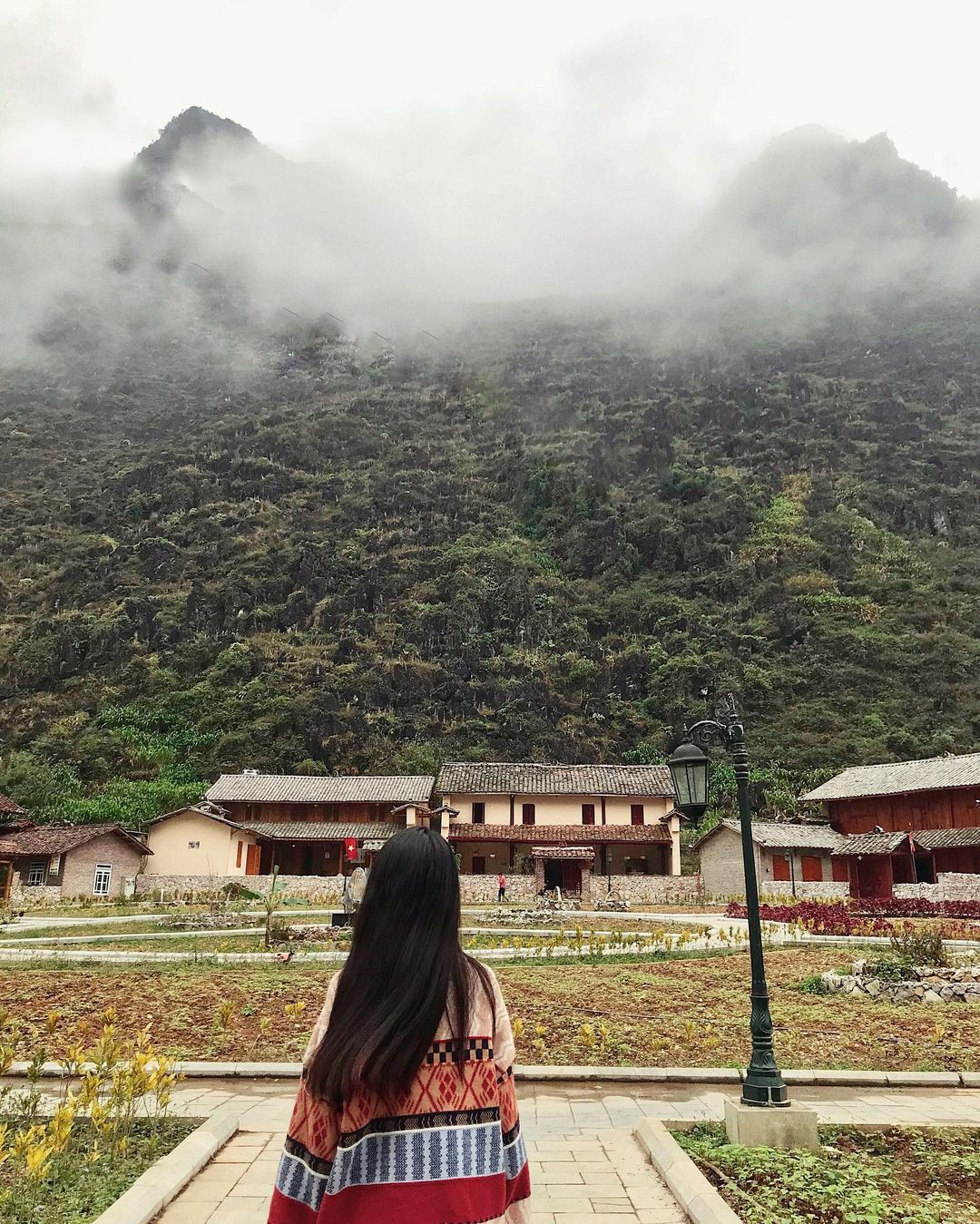 Meo Vac Clay House ngập tràn trong mây. Hình: @tranthanhbich