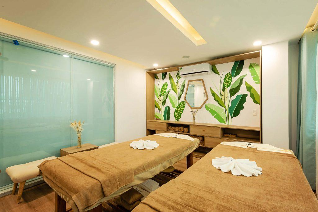 Phòng được thiết kế đơn giản nhưng sạch sẽ, đầy đủ tiện nghi