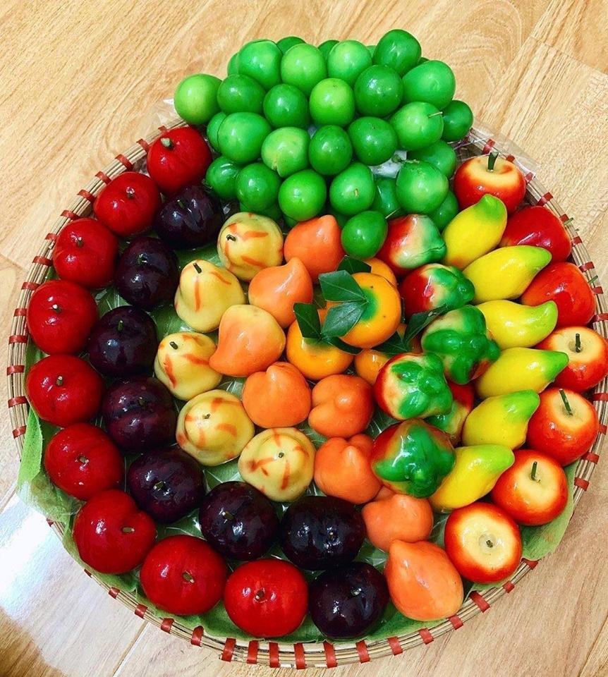 Bánh sử dụng các loại màu có sẵn trong tự nhiên chứ không dùng phẩm màu. Hình: Sưu tầm