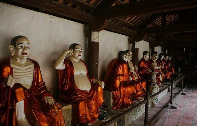Đây là nơi hội tụ những kiệt tác điêu khắc, chạm trổ, phù điêu và tạc tượng.